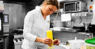 Веганский ресторан во Франции получил звезду Michelin: это впервые