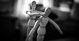 Конфликт или насилие: Как выбрать стратегию общения