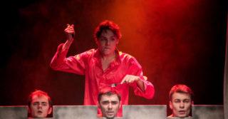 Безопасный театр: онлайн-спектакли, которые можно посмотреть на карантине