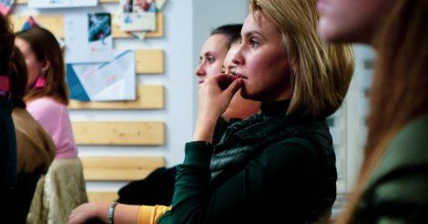 В Украине запускается артпроект «Наука - це вона»