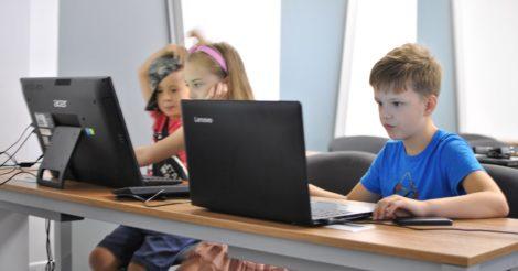 IT-освіта для підлітків: як побудувати кар'єру в найпопулярнішій сфері