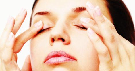 ТОП-10 полезных привычек для кожи вокруг глаз