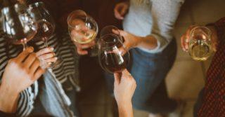 Чому вино за 200 грн смачніше, а порошкові вина — це міф: розповідає сомельє
