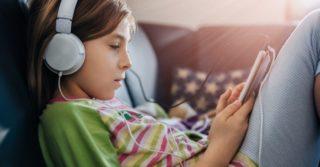 Как ребенку изучать английский: ТОП подкастов, которые помогут