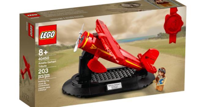 Бренд Lego посвятил набор летчице Амелии Эрхарт: в честь 8 марта