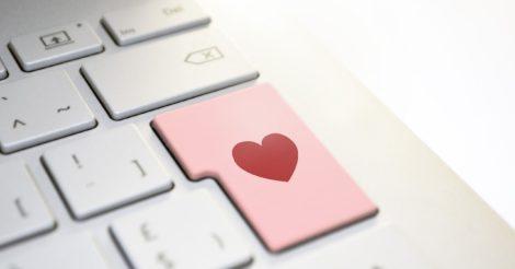 Как онлайн-знакомства влияют на психическое здоровье и поведение