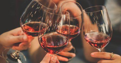 Красное или белое: как подобрать бокал под каждый вид вина