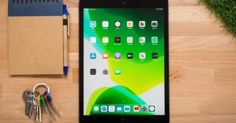Samsung T295 или iPad 10: что лучше для путешествий?