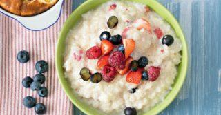 Стоит ли на завтрак есть кашу: мнение диетолога