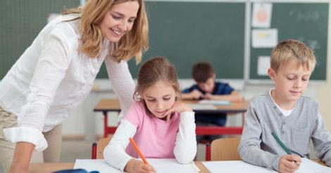 На Тернопільщині невакциновані вчителі регулярно здаватимуть ПЦР-тест