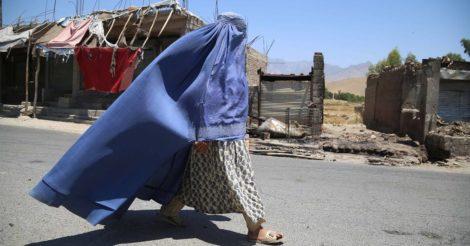 Талібан: Афганські жінки, які працюють, мають залишатися вдома