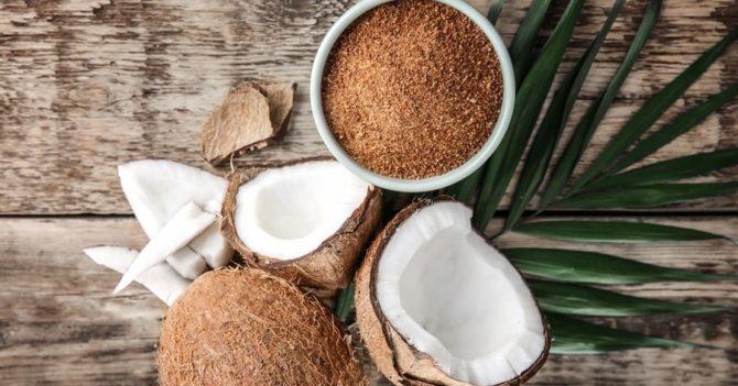 Кокосовый сахар: стоит ли заменять им обычный и каково мнение диетолога