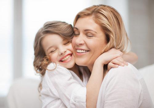 Почему нужно обнимать детей, даже если они себя плохо ведут