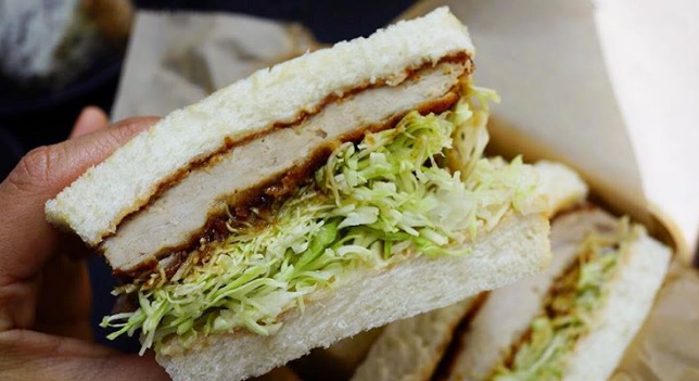 В киевском ресторане продают сэндвич за 2200 гривен
