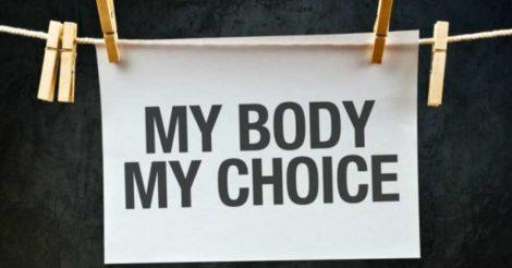 Церковь и депутаты хотят разрешить врачам отказывать в абортах: мнение юриста