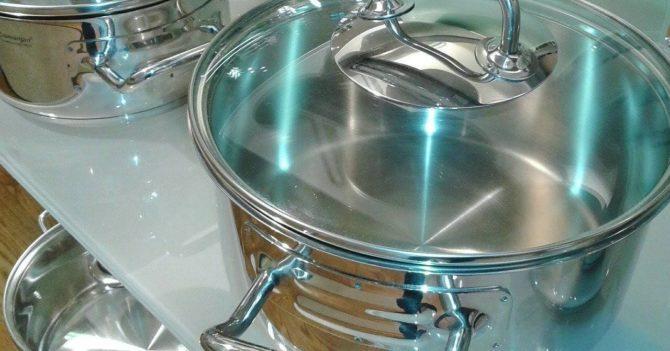 Особенности выбора набора кастрюль для кухни