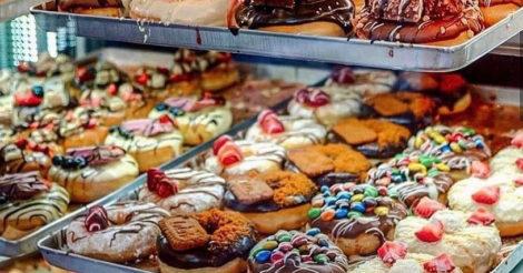 В Киеве открыли первую пончишную сети Royal Donuts