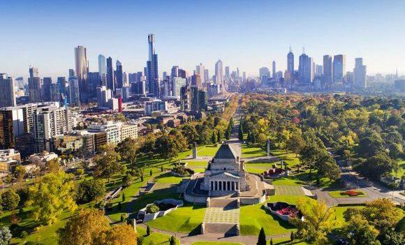 В Мельбурне наконец-то ослабят карантин: он был самым длинным в мире