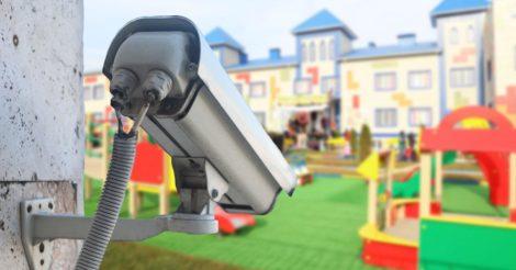 Украинцы поддержали петицию про обязательное видеонаблюдение в детских садах